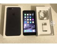 IPhone 7 Plus 32gb libre P/C