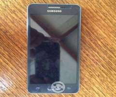 Celular azulmarino Samsung grand prime usado