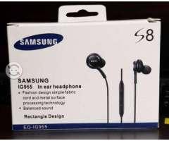 Audífonos Manos Libres AKG Para Samsung Galaxy S8