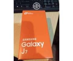 SAMSUNG J7 Telcel o cambo por laptop